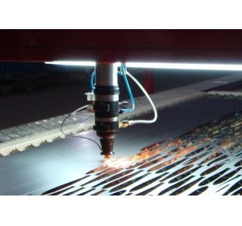 激光切割不锈钢板